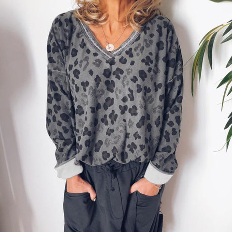 Fashion V-Neck Leopard Long-Sleeved Blouse