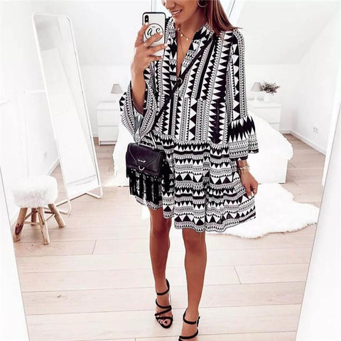 Fashion V-Neck Geometric Printed Trumpet Sleeve Dresses