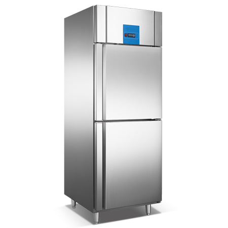 Upright Reach-In Refrigerator With 2 Half Door (Luxury Ventilated Series)