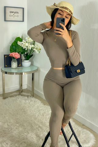 Susie two piece set (taupe)