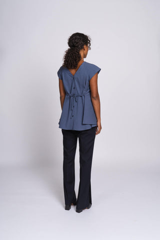 THE BUTTON-UP TOP - mellow mid-blue