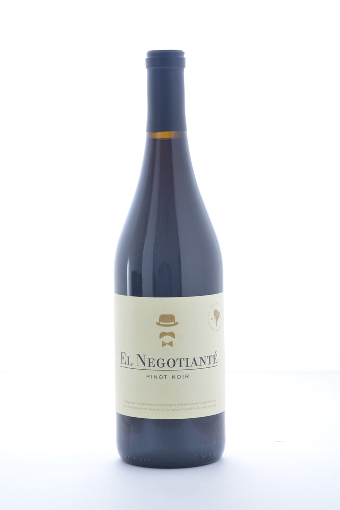 El Negotiante Chile Pinot Noir 2015 - 750 ML - Wine on Sale
