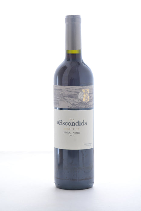 La Escondida Pinot Noir 2017 - 750 ML - Wine on Sale