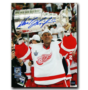Dominik Hasek Detroit Red Wings Autographed Stanley Cup 8x10 Photo - CoJo Sport Collectables Inc.