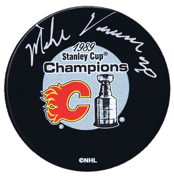 Mike Vernon Calgary Flames Autographed 1989 Stanley Cup Champions Puck - CoJo Sport Collectables Inc.
