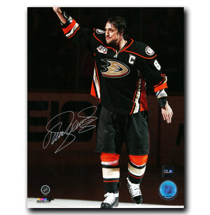 Teemu Selanne Anaheim Ducks Autographed Salute 8x10 Photo - CoJo Sport Collectables Inc.