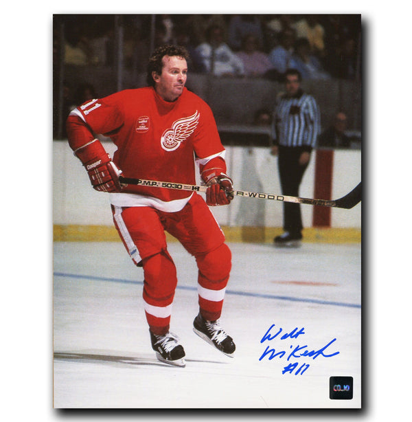 Walt McKechnie Detroit Red Wings Autographed 8x10 Photo - CoJo Sport Collectables Inc.