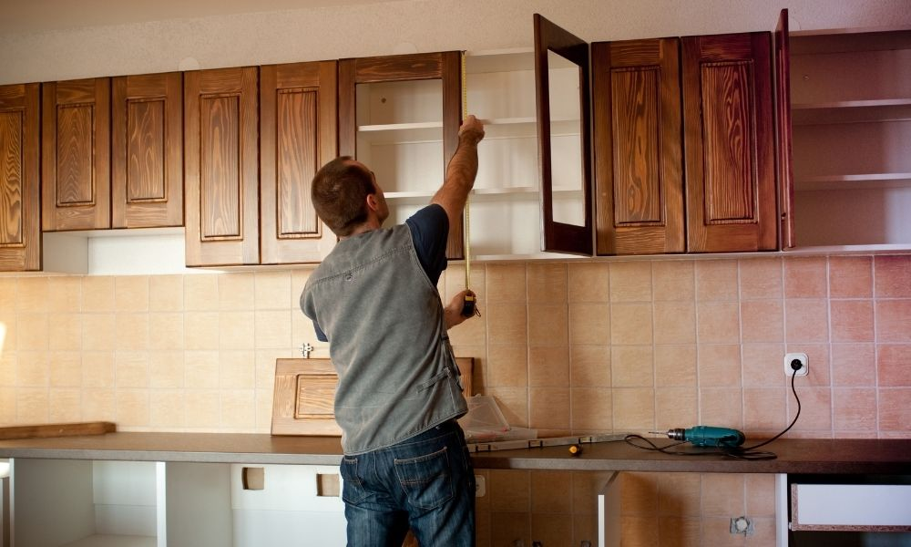 Top Tips for Building Your Own Kitchen Cabinets