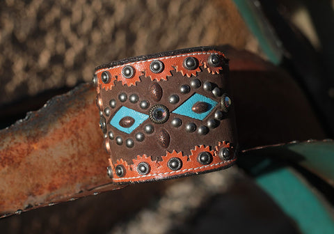 Casual Chaos Leather Cuff