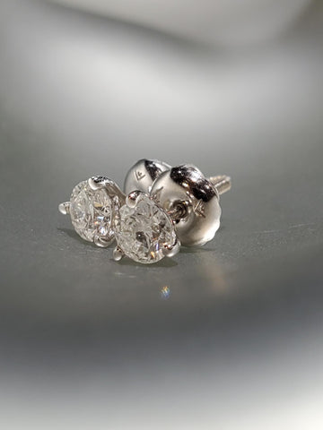 14K White Gold With 0.46CT Diamond Martini Studs