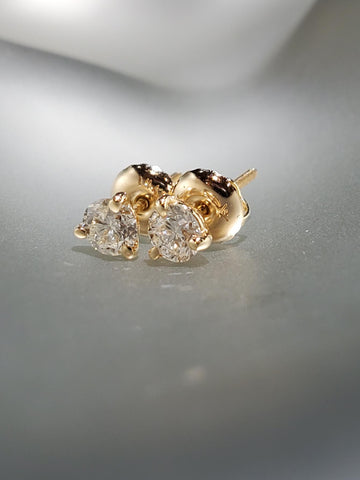 14K Yellow Gold With 0.46CT Diamond Martini Studs
