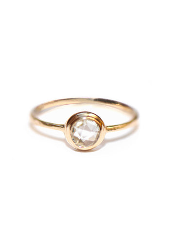 14K Gold White Topaz Classique Round Hammered Ring