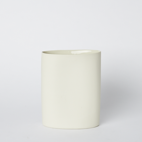 Oval Vase Medium Milk
