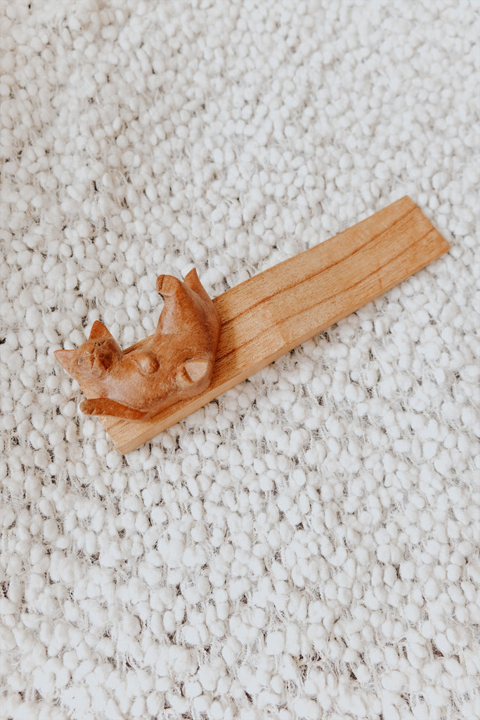 WOODEN LYING CAT DOOR STOPPER
