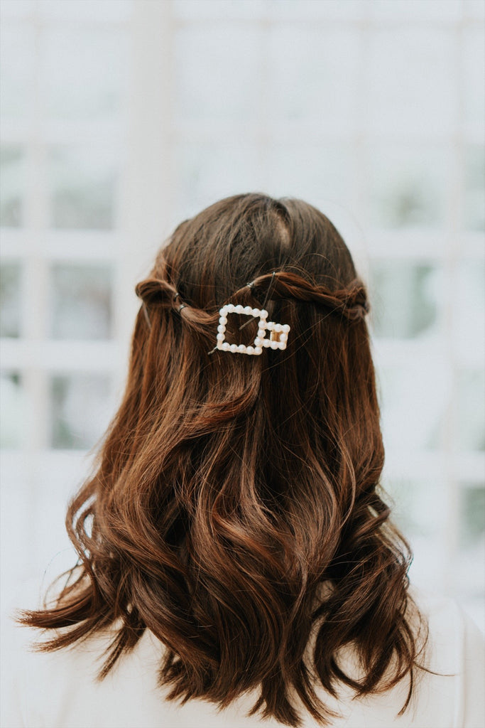 BETTY HAIR CLIP