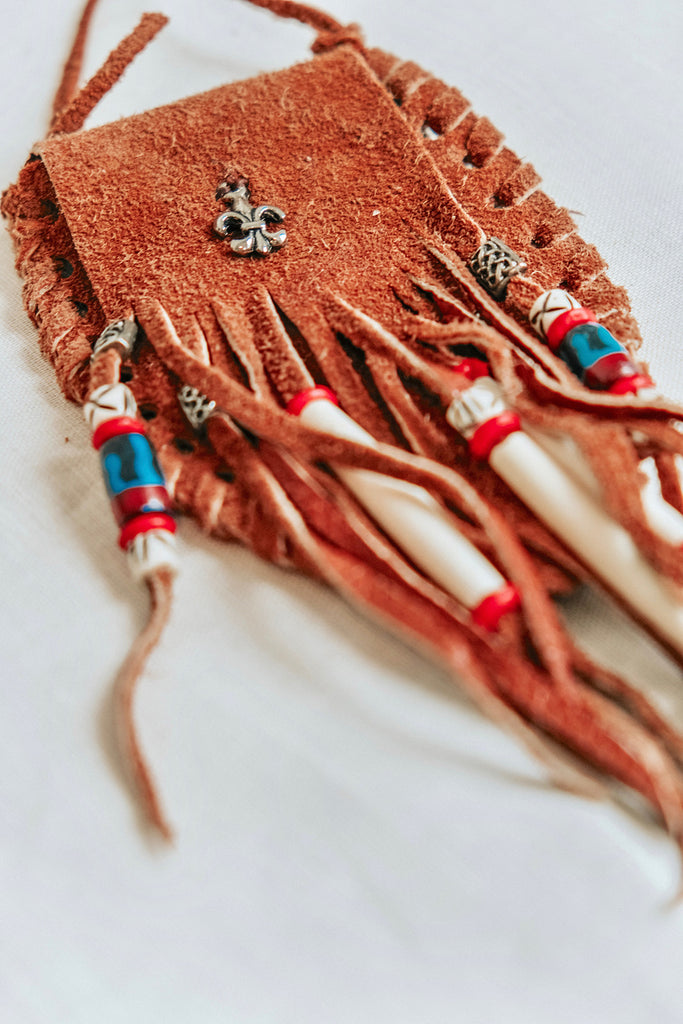SAFARI LEATHER FRINGE POUCH NECKLACE