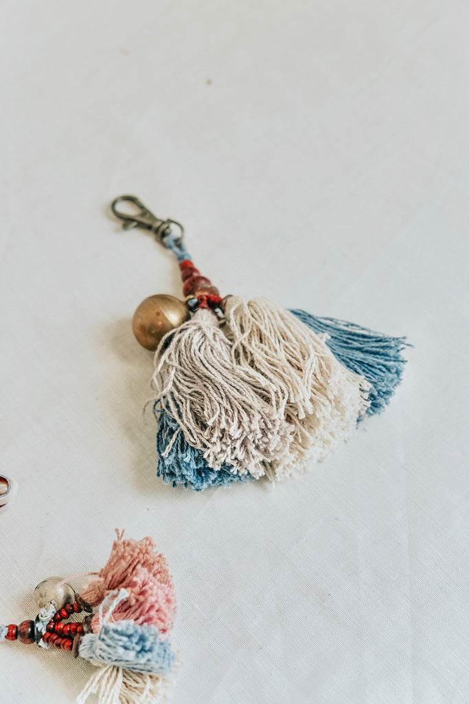 BIG TASSEL CHARM KEYCHAIN - POWDER BLUE AND WHITE