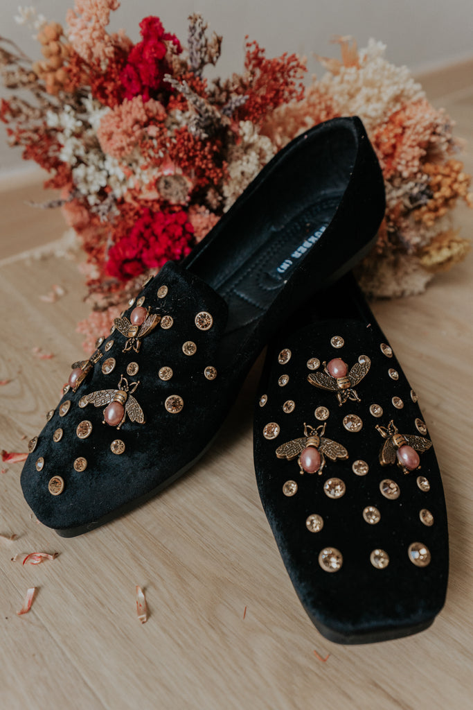 LITTLE BEE FLATS - BLACK (BACKORDER)