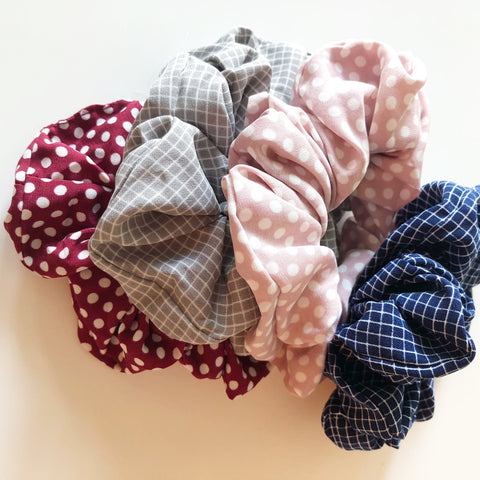 printed poly scrunchie