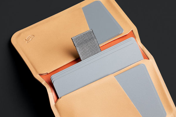 apex slim sleeve - tan