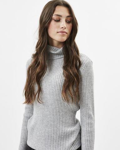 juliete turtleneck