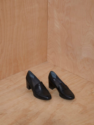 Vintage Black Leather Penny Loafer Heel