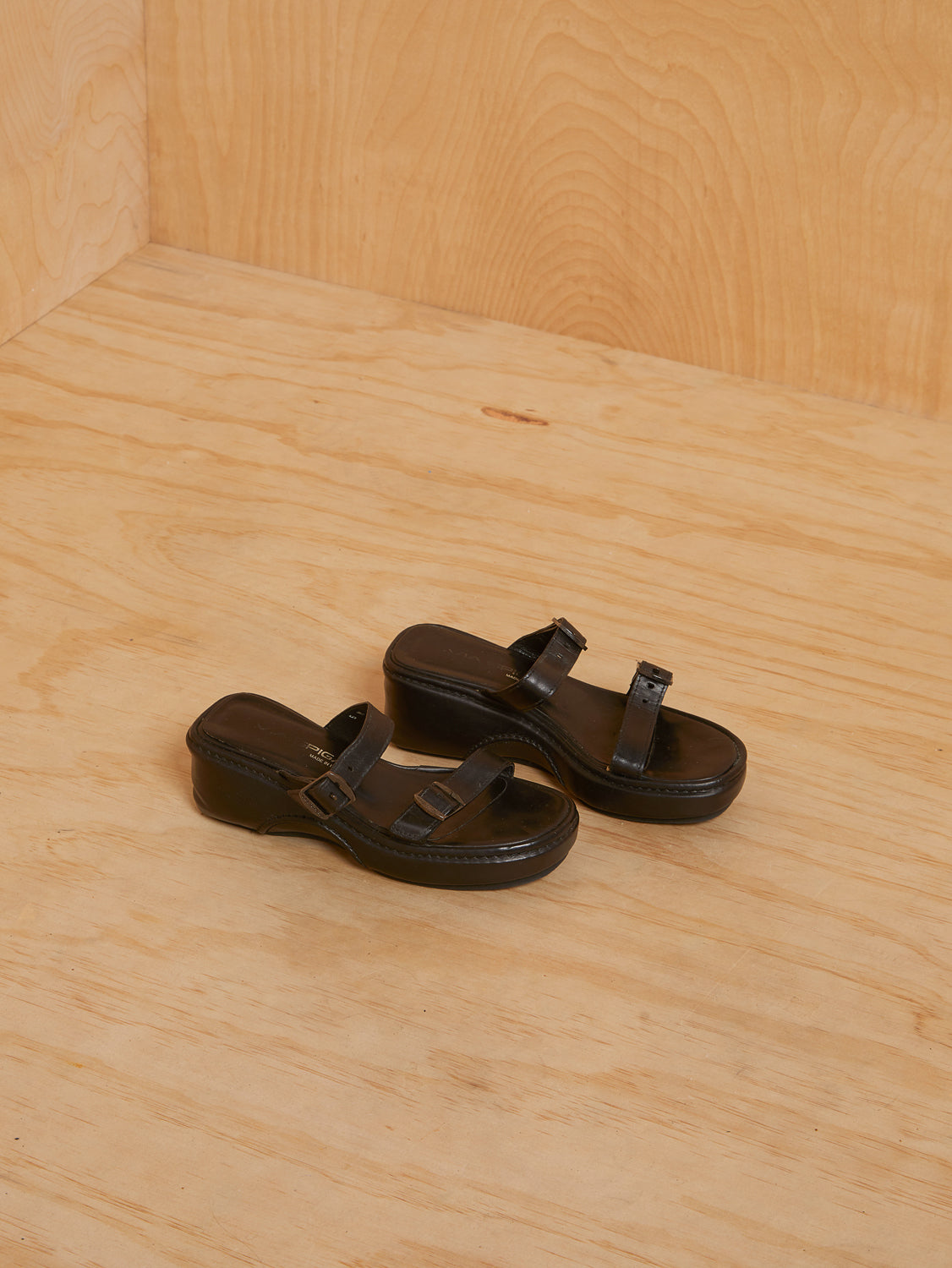 Vintage Double Strap Black Chunky Sandals