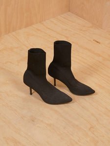 Black ribbed sock booties