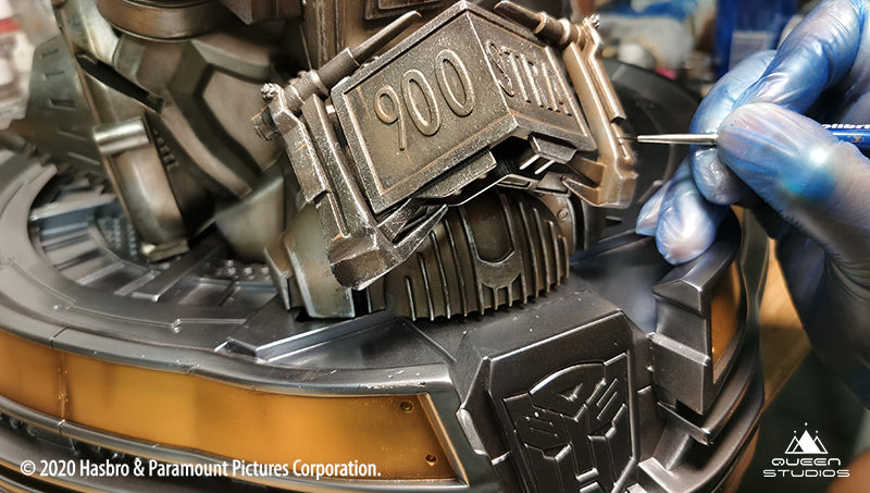 Detailing in the Ultimate Scale Bumblebee Bust