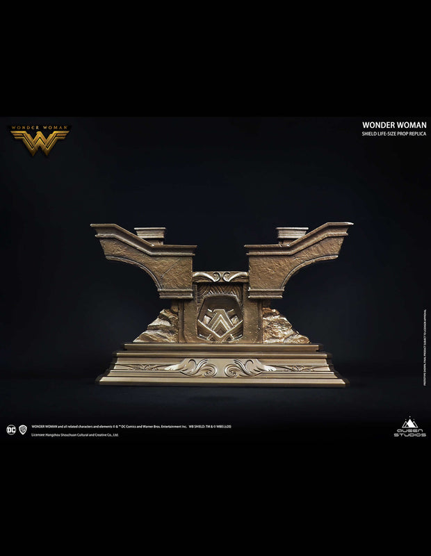 Wonder Woman Polystone Shield and Stand Special Edition Queen Studios