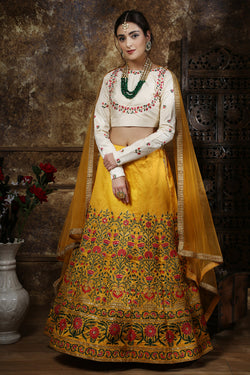 Bridal Wear Thai Silk Wedding Lehenga Choli With Bride Net Dupatta