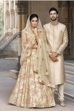 Heavy Embroidery Work Wedding Wear Lehenga Choli with Bride Net Dupatta