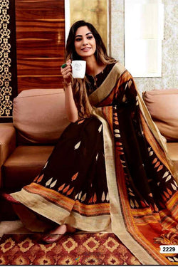 Function Wear Casual Saree with Good Looking Digital Printed Work