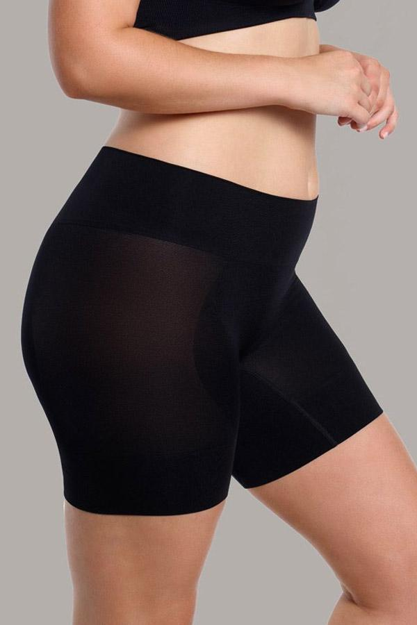 Curvesque Anti Chafing Short - Studio Europe