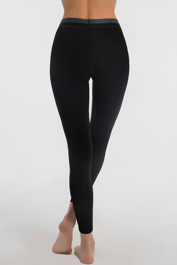 Shock Absorber Active Branded Leggings - Studio Europe