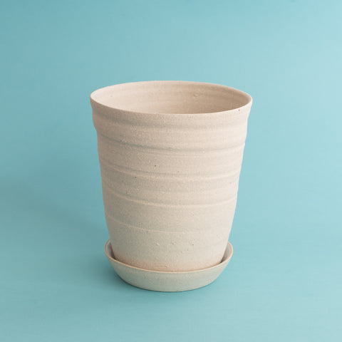 Medium Planter w Tray - Sand