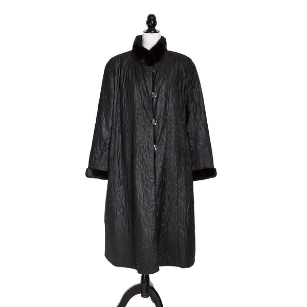 Black Sheared Chevron Lightweight Mink Coat Reversible to Silver Fabric