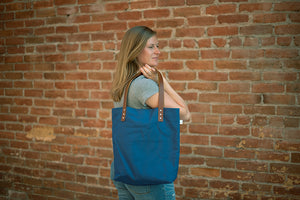 The Daisy Tote - Blue