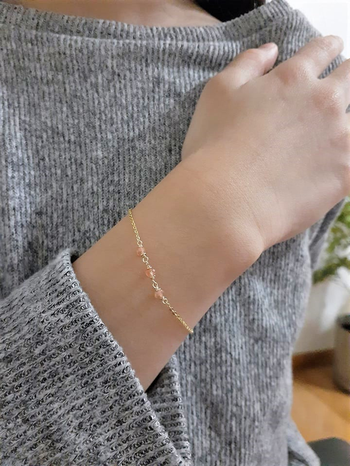 Dainty Sunstone Bracelet - Handmade Jewelry - 14k Gold Filled