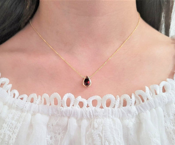 Garnet Pan Briolette Pendant Necklace