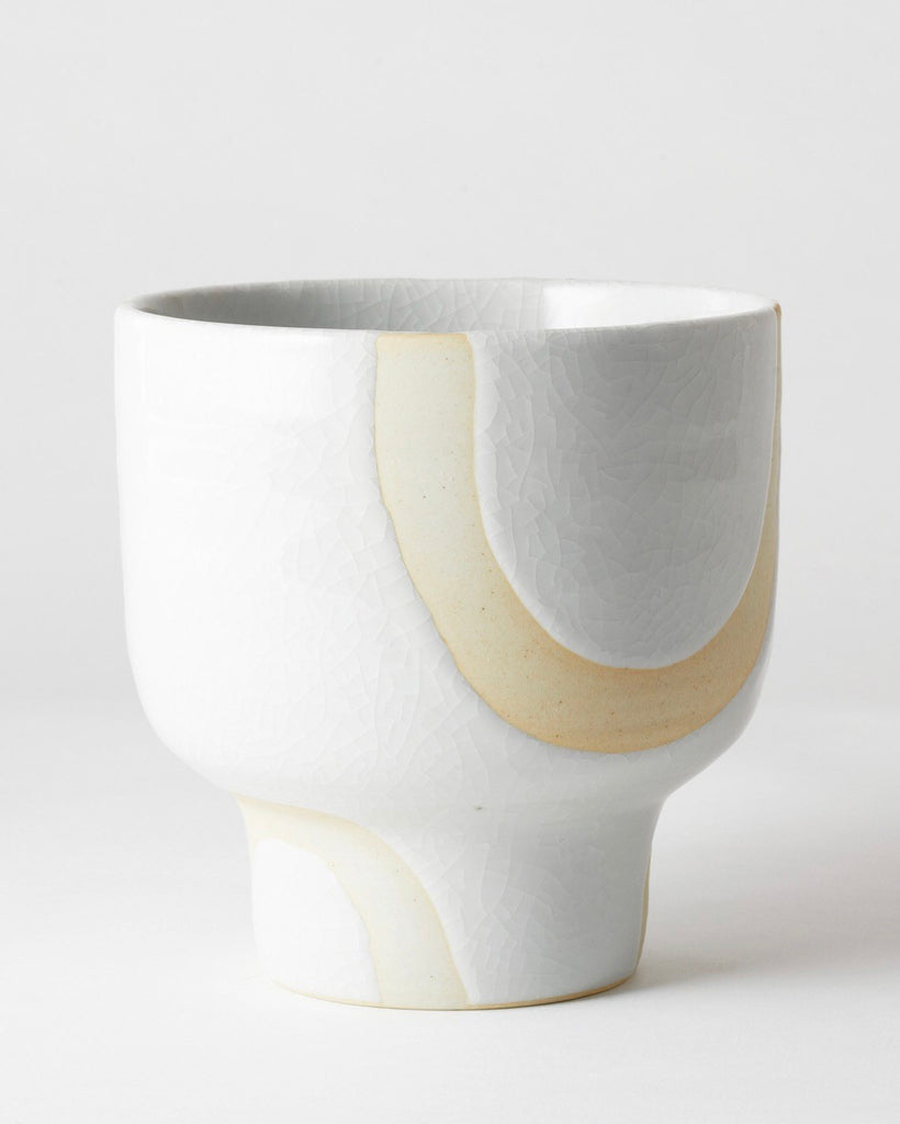 Riverstone Plant Pot White Bend