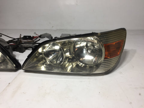 JDM TOYOTA ALTEZZA IS300/200 SXE10 HEADLIGHTS WITH AFTERMARKET HID KIT OEM