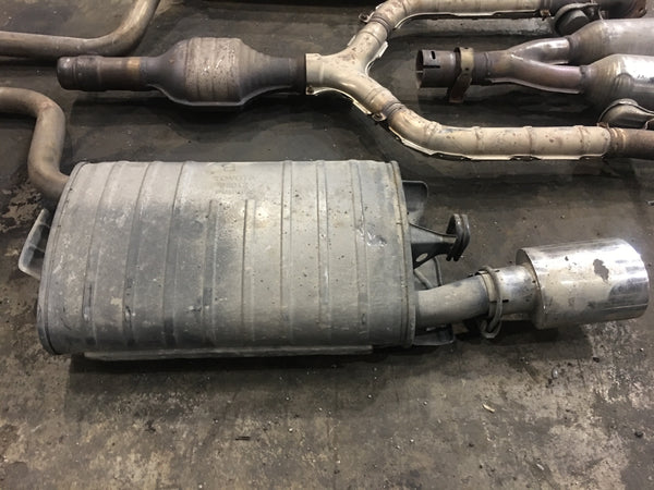 LEXUS LS430 01-06 MUFFLER SET FROM CATALYTIC CONVERTER TO REAR
