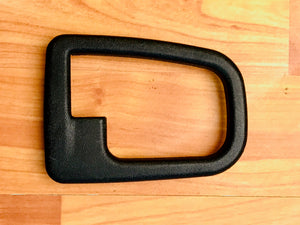 BMW Z3 E36 DOOR HANDLE COVERING RIGHT BLACK OEM USED 51228219024
