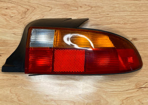 BMW Z3 E36 Tail Light Rear Passenger USA Roadster 63218389714