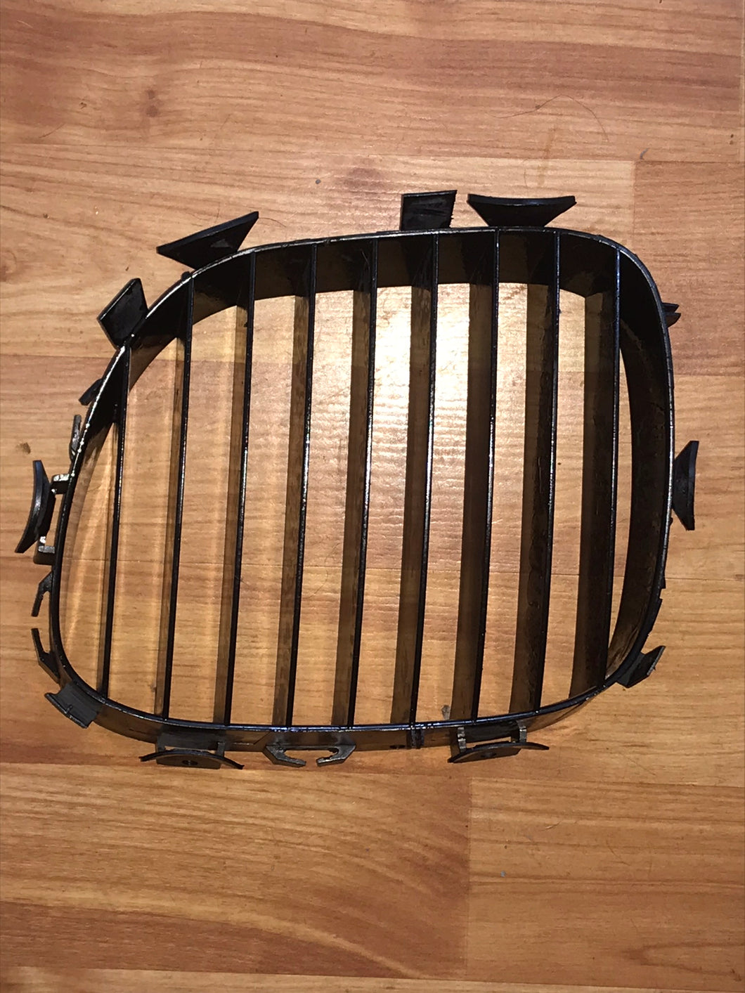 BMW Z3 E36 HOOD GRILLE LEFT OEM USED 51138397503