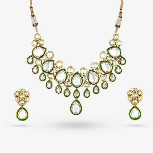 Purvi Necklace Set