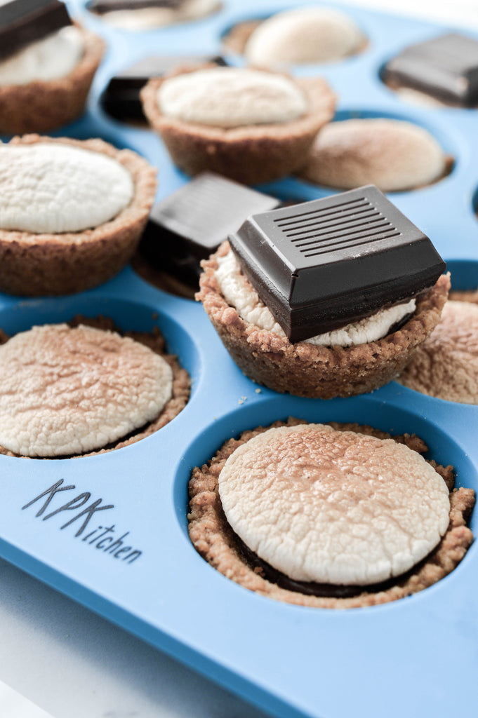Chocolate S'mores Cups Silicone Mini Muffin Pan