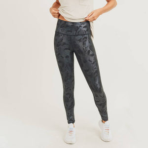 Camo Holographic Microdot Foil Highwaist Leggings