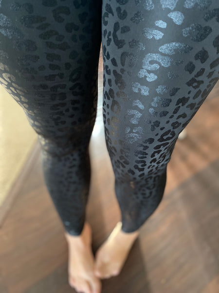 Liquid Leggings - Leopard (ROUND 2 PREORDER)